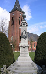 The monument to the dead and church of Hamelincourt
