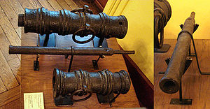 Culverin - Hand culverin (middle) with two small cannons, Europe, 15th century.