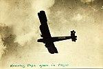 Handley Page O-400 civil transport G-EAKE in flight (7585332946).jpg
