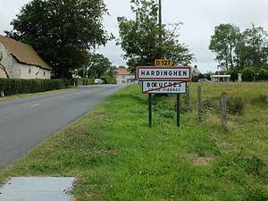 Hardinghen - The road into Hardinghen