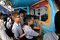 Heat Expands Matter - Exhibit with Schoolboys - MSE Golden Jubilee Celebration - Science City - Kolkata 2015-11-19 5699.JPG