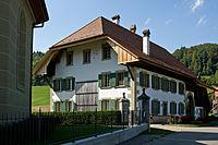 Heimiswil Pfarrhaus Pfrundscheune.jpg