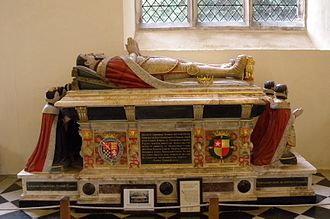 Henry Howard, Earl of Surrey - Surrey's chest tomb in Framlingham Church, Suffolk, displaying the arms of Howard and de Vere