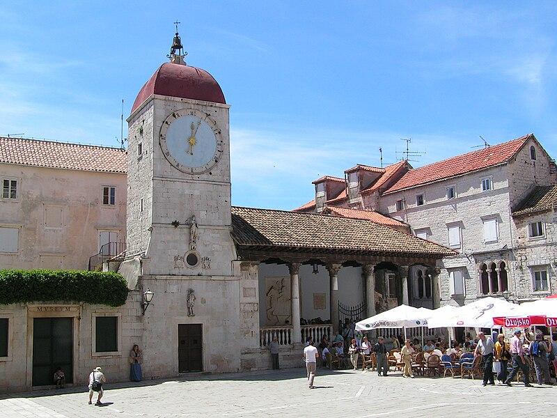 Bestand:Historische stad Trogir.jpg