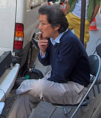 Hong Sang-soo - Hong Sang-soo on the set of Night and Day, 5 September 2007