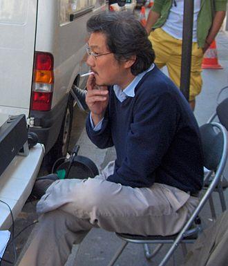 Hong Sang-soo - Hong Sang-soo on the set of Night and Day, 5 September 2007