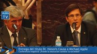 File:Honoris Causa al Dr Michael Apple.webm