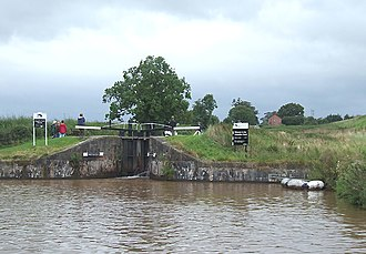 Ellesmere Canal - The Llangollen Canal begins here with a flight of four locks raising the water level more than 34 feet (10.4 metres) from the Shropshire Union.