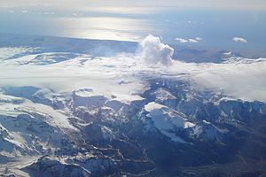 Eyjafjallajökull - North view of (from left to right) Mýrdalsjökull, Fimmvörðuháls and Eyjafjallajökull on 4 April 2010, taken from an altitude of 10,000 metres (32,800 ft)