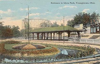 Idora Park (Youngstown) - The entrance to Idora Park, c. 1910