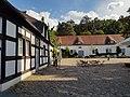 Innenhof der Anlage Jagdschloss Grunewald.jpg