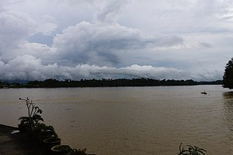Kanowit - Confluence between the Rajang and the Kanowit river.