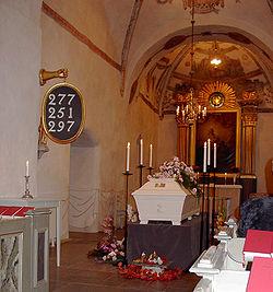 begravning ej med i kyrkan