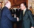 Jean-Luc Dehaene and Carlos Menem 03.jpg