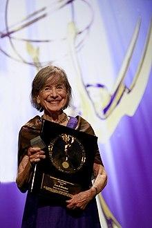 Jean Walkinshaw - Wikipedia