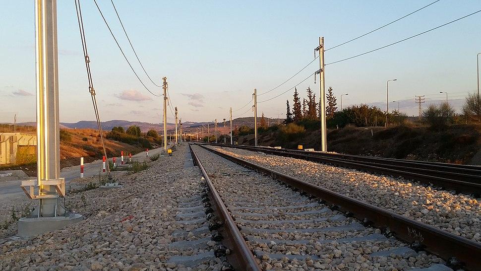 Jerusalem-TelAviv Railway Overhead lineBuilding