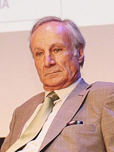 Joan Majó 2012 (cropped).jpg