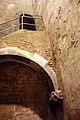 Kölner Mikwe Gewölbedetail Brunnenschacht.jpg