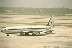KAL B707-300 HL7433 at BAH (15955564410).jpg