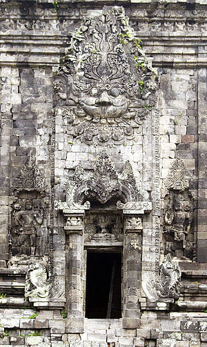 Kalasan - The giant Kala's head on the southern door