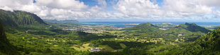 View from the Nuʻuanu Pali Lookout of Kaneʻohe
