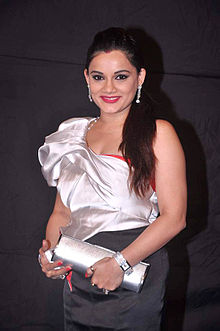 Kanica maheshwari colors indian telly awards.jpg