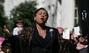 Kathleen Battle - Kathleen Battle singing the Lord's Prayer at the arrival ceremony in honor of Pope Benedict XVI on the South Lawn of the White House on April 16, 2008
