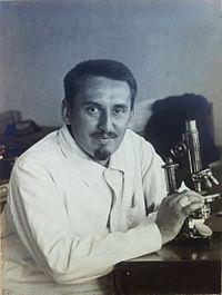 Profesor Karel Kavina