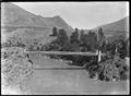 Kawarau River suspension bridge, circa 1926.png