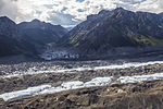 Kennicott Glacier and Hidden Creek Valley (21623223271) (2).jpg