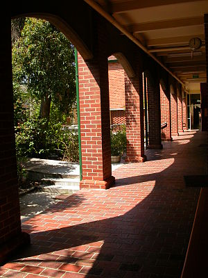 Kilbreda College - The Colonnade provides access to four of the six year 11 homerooms.