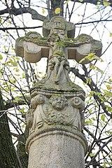 kříž na sloupu u Bubnova