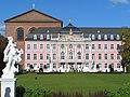 Kurfürstliches Palais 01.jpg