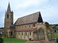 La Bénisson-Dieu, église coté sud-est.JPG