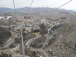 Mi Teleférico - Yellow Line cable cars (view towards Libertador/Chuqui Apu)