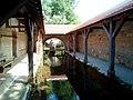 Lavoir de Bazarnes, vue intérieure.jpg