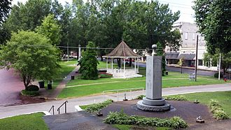 Lee County Courthouse (Arkansas) - View from front steps