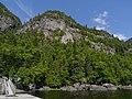 Les collines escarpées du parc du Saguenay.jpg