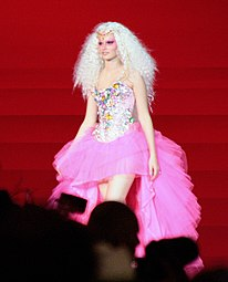Life Ball 2009 The Blonds fashion show 3.jpg