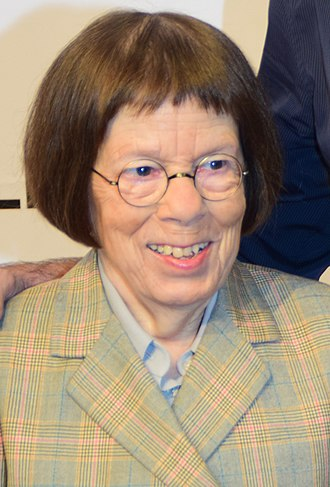 Linda Hunt - Linda Hunt in September 2015