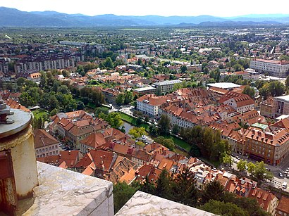 How to get to Trnovo Ljubljana with public transit - About the place