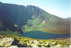 Lochnagar - Mountain and Corrie Lochan. - geograph.org.uk - 113301.jpg