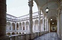 Loggiato Università di Torino.jpg