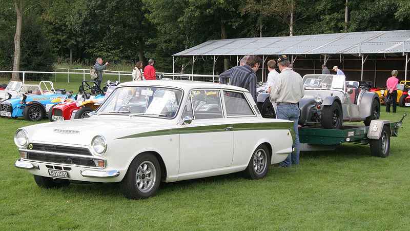 File:Lotus Cortina and a 7.jpg