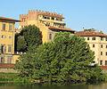 Lungarno guicciardini, palazzo lanfredini (mattina) 03.JPG