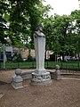 Lyon 1er - Jardin des Chartreux, buste de Pierre Dupont (1).jpg