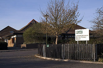 Lytchett Matravers - Lytchett Matravers Primary School, built in 1992
