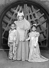 Macbeth-31-Nurse-Children.jpg