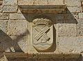Mahora, escudo en la fachada del Ayuntamento.jpg