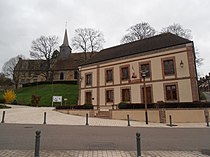Mairie-Eglise-Prieuré.JPG